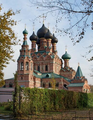 Церковь Троицы в Останкино, Москва.