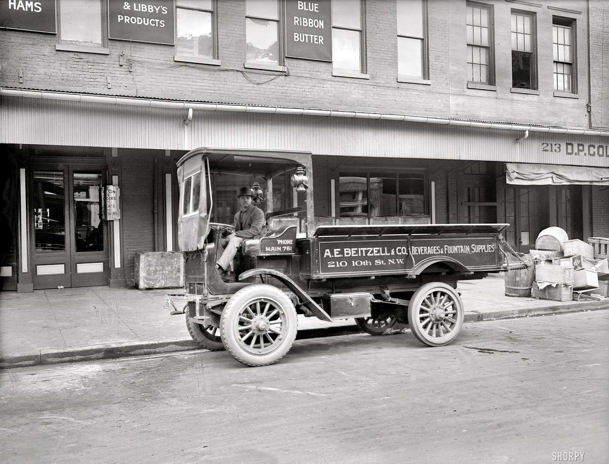 Грузовые автомобили начала 20-го века на снимках американских фотографов (7)