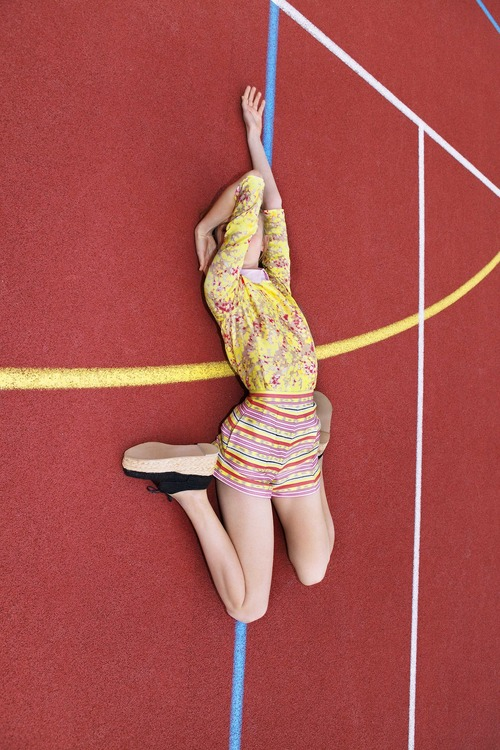 In and out of fashion, Viviane Sassen00.jpg