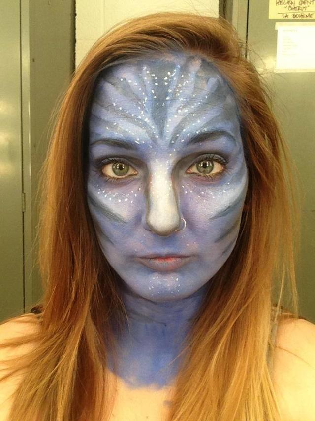 Девушка потрясающе меняет свое лицо с помощью макияжа 0 142248 9e031e4a orig