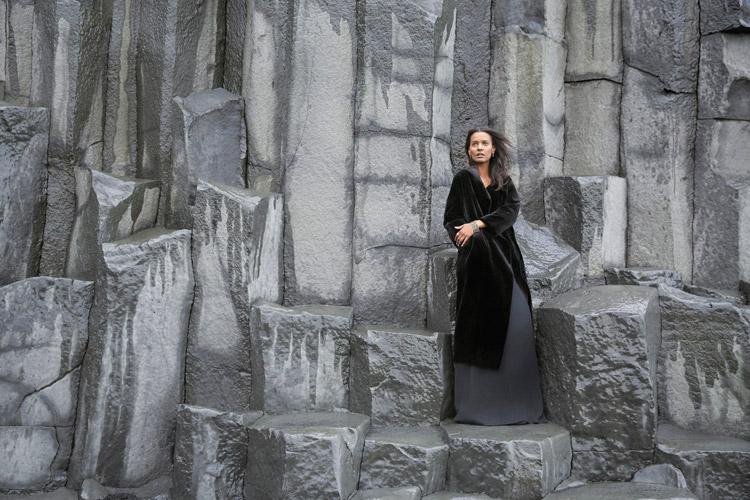 Лия Кебеде (Liya Kebede) в фотосессии Райана МакГинли (Ryan Mcginley)