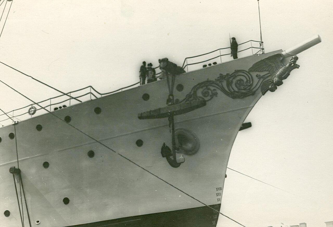 03. Спуск крейсера второго ранга «Алмаз» на воду. 2 июня 1903 года