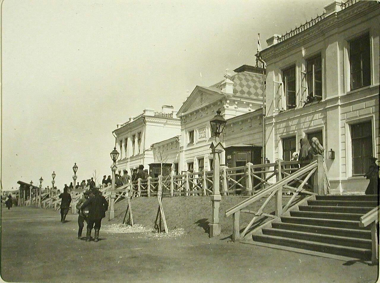 41. Вид здания вокзала на станции Чита