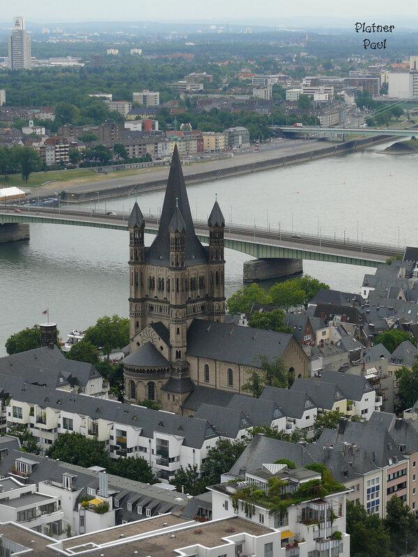 вид на романскую церковь св.Мартина