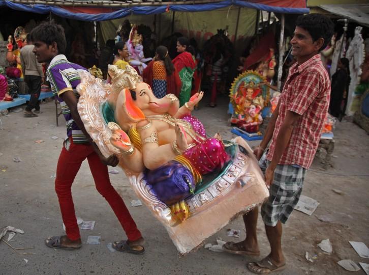 В Индии празднуют День рождения Ганеша 0 1454ca ebd631d0 orig