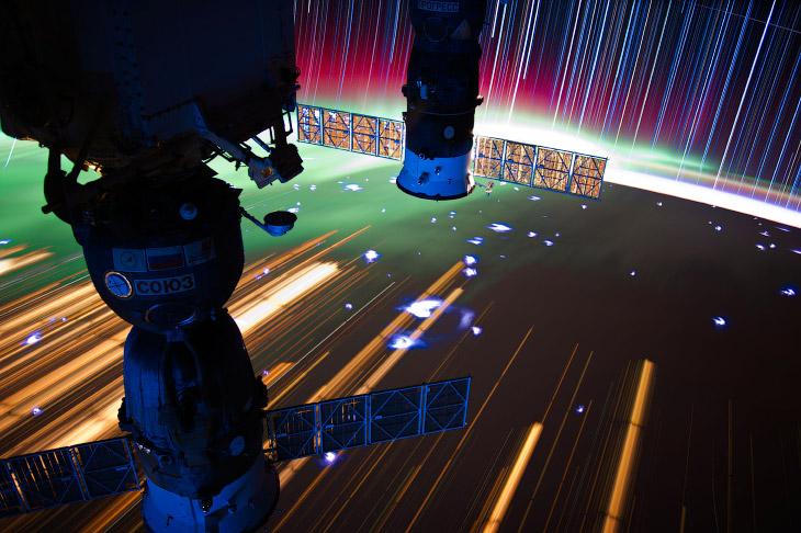 1. Итальянский астронавт Саманта Кристофоретти на борту МКС, 28 февраля 2015 года. (Фото НАСА):
