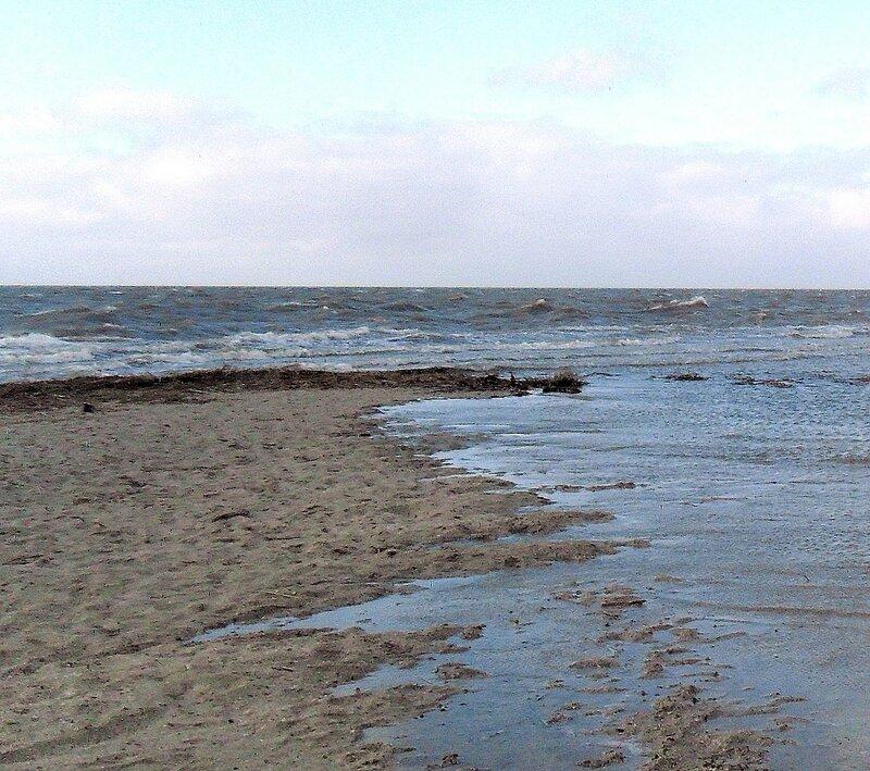 Воды свежие на песке береговом ...SAM_5719 - 1.JPG