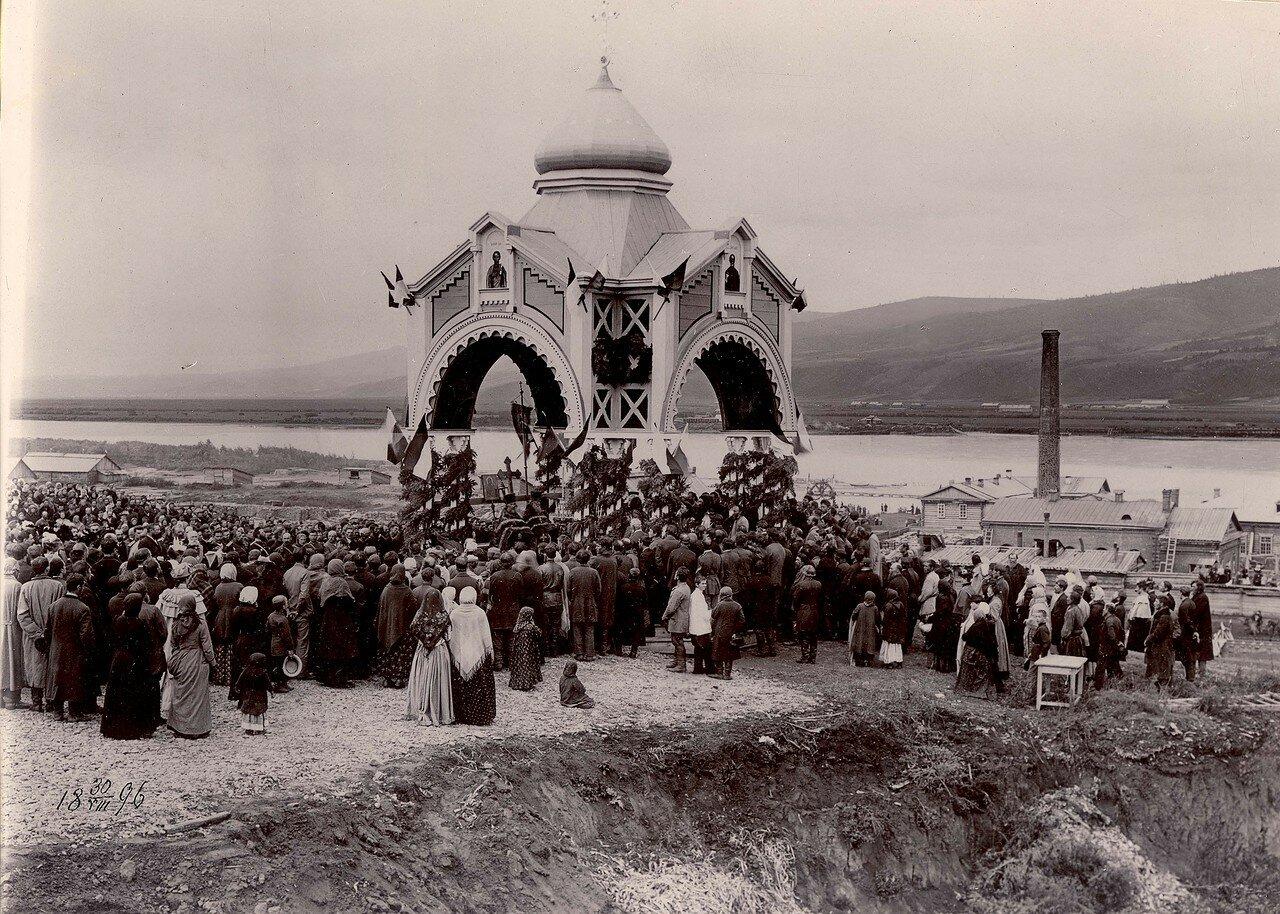Молебен при закладке железнодорожного моста через реку Енисей. 30 августа 1896