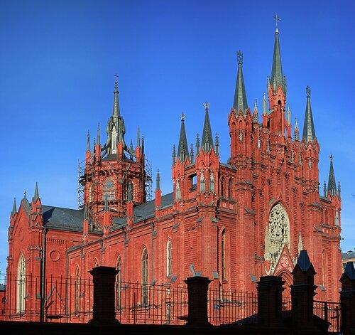 Материнский храм, знаменующий полноту церковного единства...