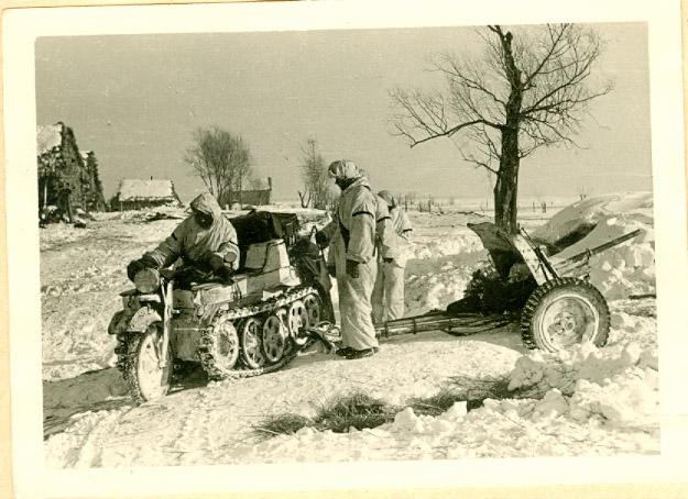 Sd.Kfz. 2 Kettenkrad / Pak-36