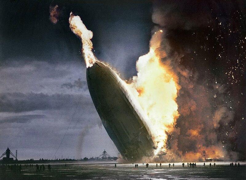"""Крушение """"Гинденбурга"""", 6 мая 1937 года © Dana Keller"""