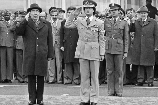 Леонид Брежнев и Муамар Каддафи, 1981 год