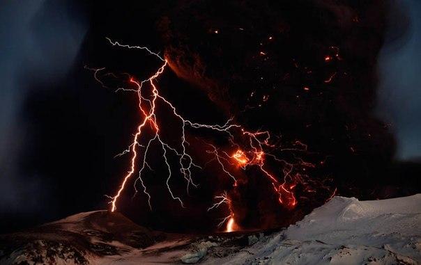 Красивые фотографии: извержения вулканов 0 10f55b 1a14ce40 orig