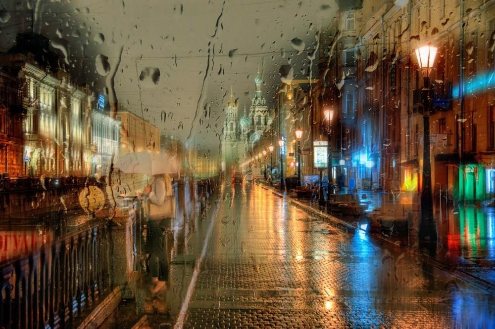 13. Ночной дождь, Санкт-Петербург, Россия. (© Эдуард Гордеев)