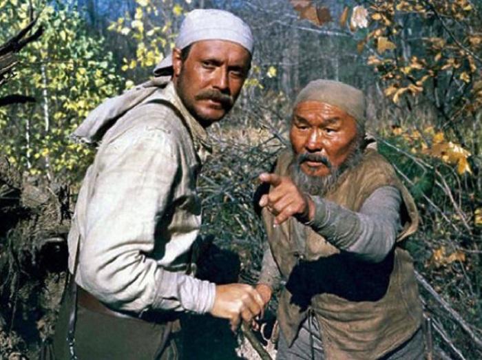 «Дерсу Узала» — совместный советско-японский проект. Режиссер Акиро Куросава снимал его на русском я