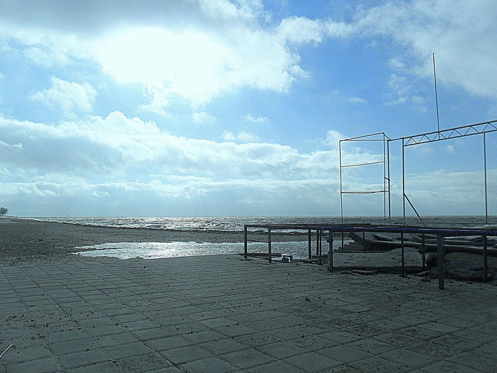 Свежеприбывшее зеркальце воды из моря ... SAM_5723.JPG