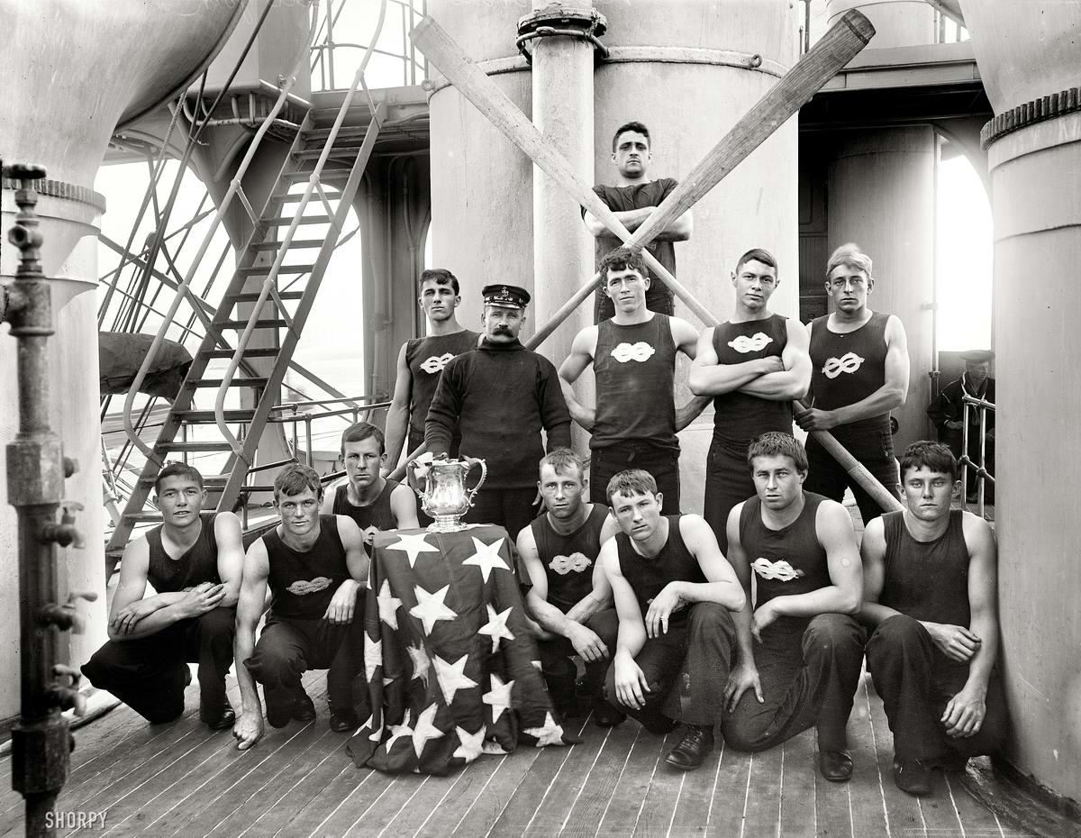 Корабли, речные суда и военные моряки на снимках американских фотографов конца 19 века (37)