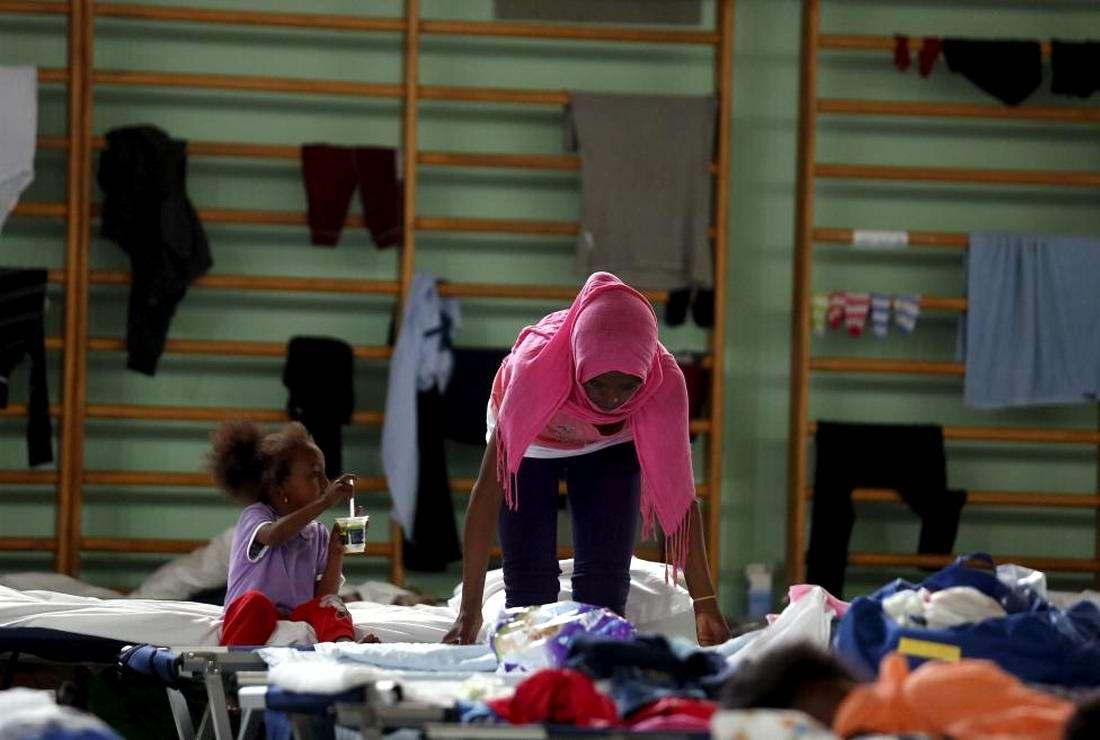 Ж/д вокзал итальянского Милана превратился в бомжатник: Миграционная политика ЕС (6)