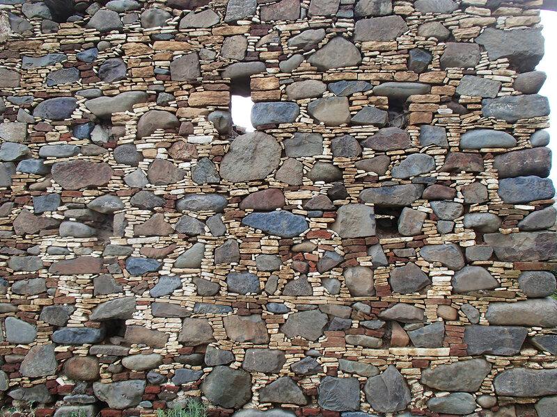 развалины в Филани (Filani)