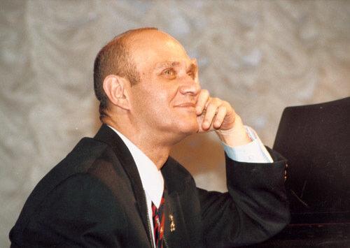 Михаил Аптекман