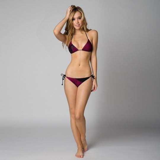 Красивые фотографии молодой модели Алексис Рен 0 1423ba 4ecb46cb orig