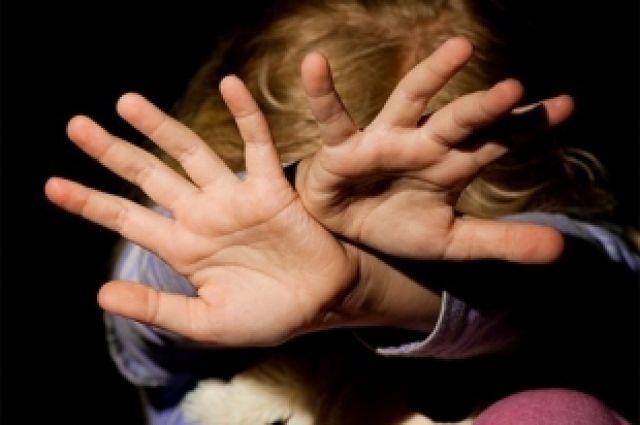 Петербуржца заподозрили в изнасиловании дочери-первоклассницы