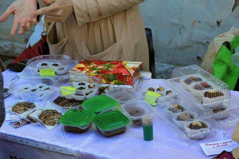 Шоколад и сладости ручной работы - «Вятский Арбат» в день города-2015 на пешеходной улице Спасской