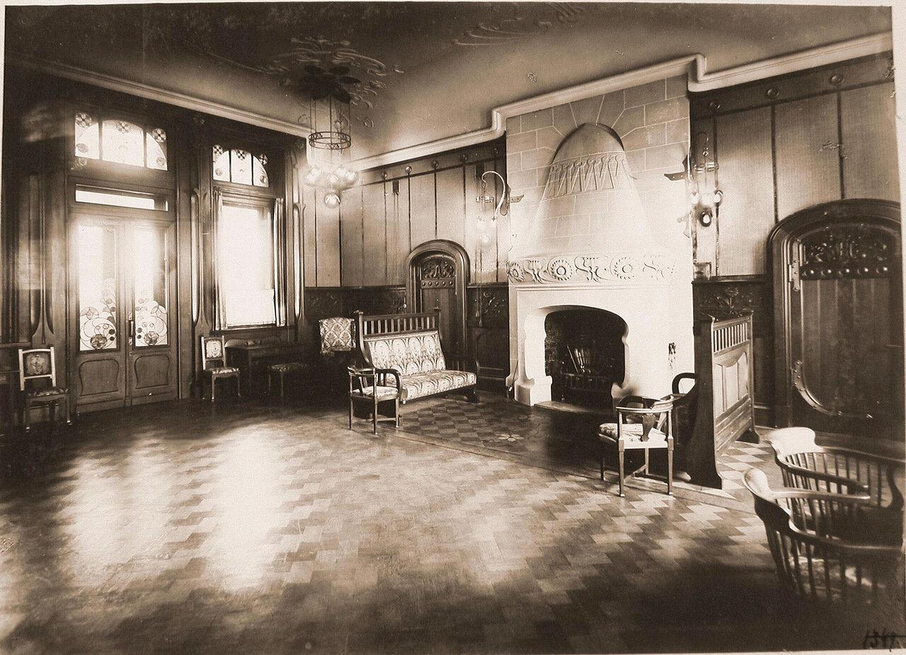 07. Вид части гостиной комнаты Императорского павильона