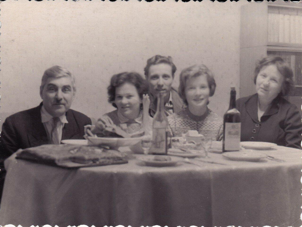 1960-е.Московское застолье