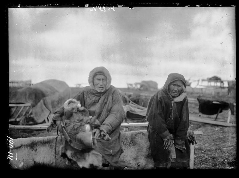Siberia-Century-100-year-photos-old-couple.jpg