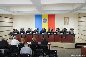 Все избирательные участки Молдовы открылись вовремя