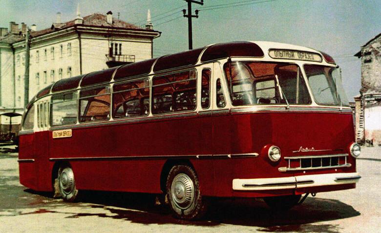 1955 Опытный образец ЛАЗа появился в конце 1955-го.jpg