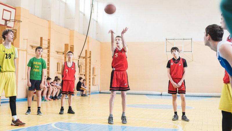 2 марта. сегодня в 14 в школе 44 будет турнир по баскетболу памяти пограничника Долженкова