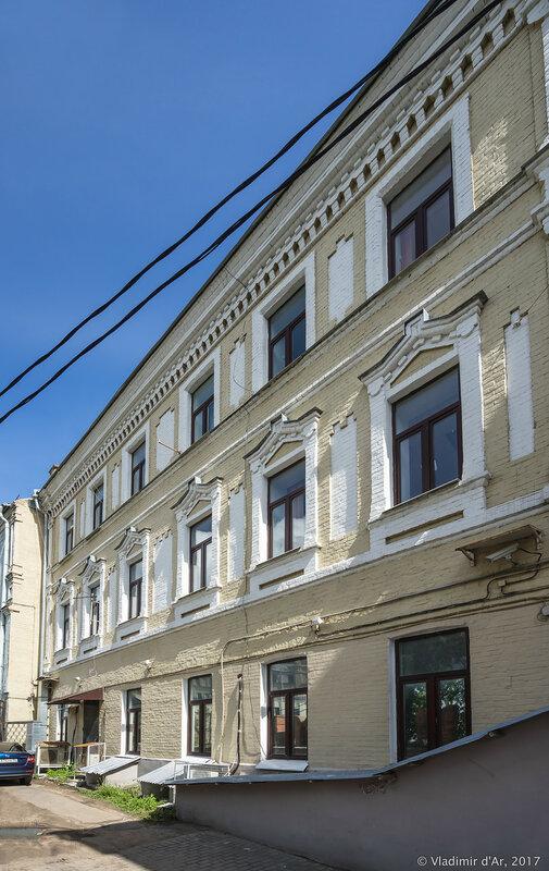 Кельи Никольского монастыря. Площадь Революции.