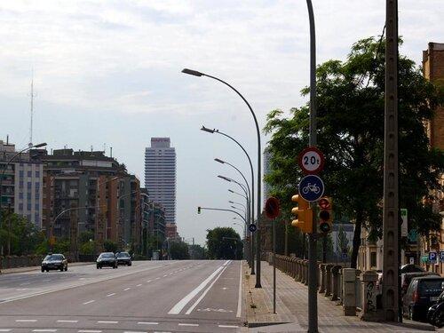 Барселона. Улицы ниже GranVia. Путеуказатель. 129 фото.