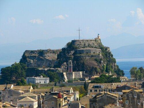 Корфу.  Керкира.  Вид  на  старую  крепость  с  новой  крепости