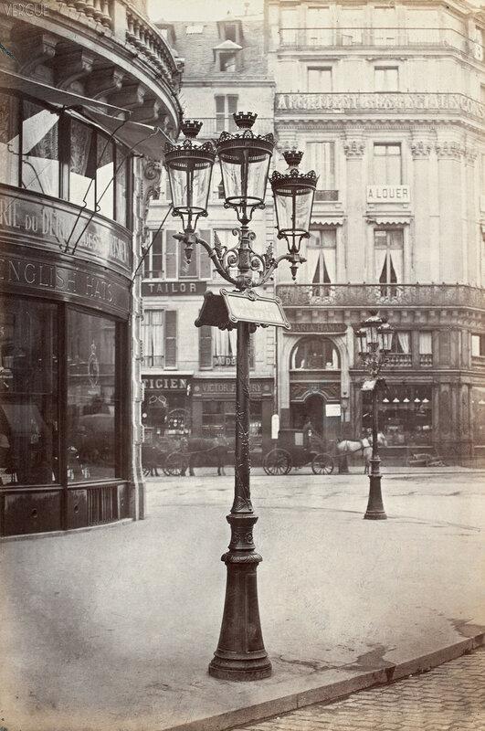 Газовый фонарь на Площади Оперы. 1877