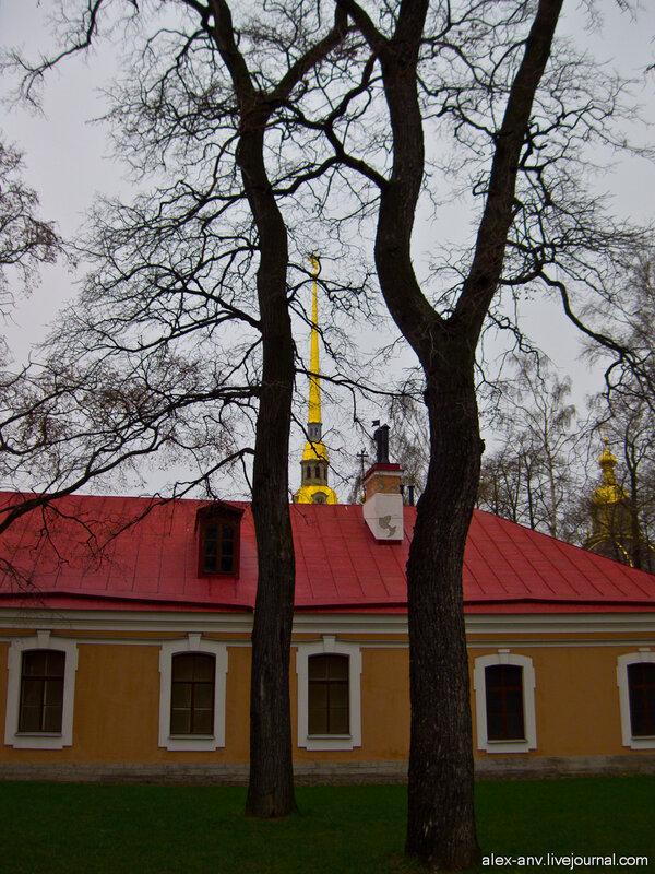 Петропавловская крепость. Шпиль собора.