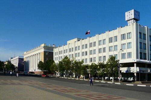 Белгород, центральная площадь, здание комитета статистики, 2010. фото Sanchess