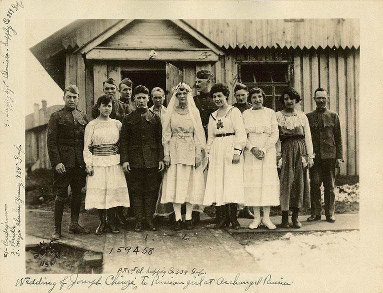 Свадьба рядового 339-го пехот. полка Джозефа Чинзи (Joseph Chinzi).jpg