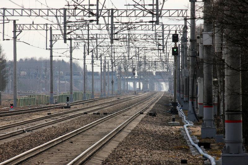 Станция Тосно. Впереди мост Большого Полукольца