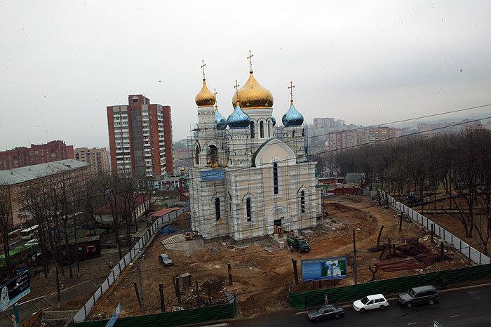 Покровский храм был выстроен под руководством В. Николаева в рекордные сроки