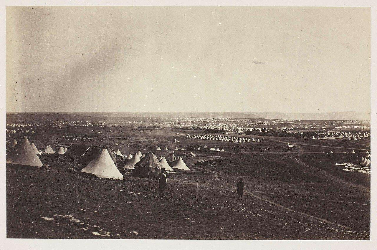 Вид из лагеря на Севастополь
