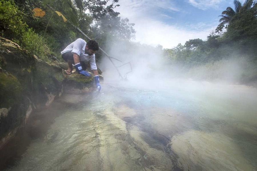 3. Во время исследований выяснилось, что река начинается холодной. Затем нагревается, охлаждается, н