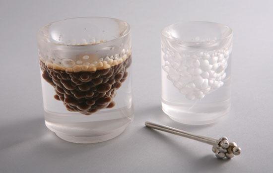 Студент факультета дизайна изИзраиля Gilad Davidi придал обряду кофепития легкости— вего стакане