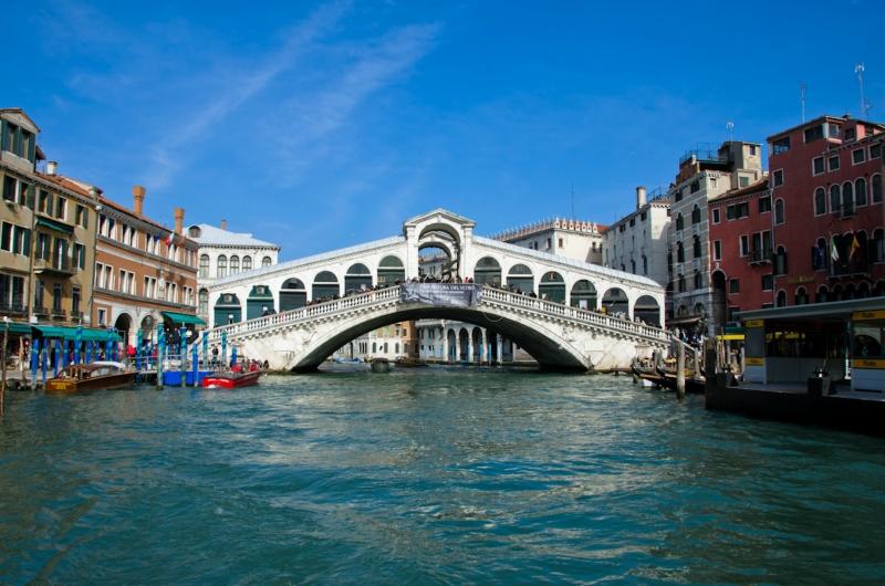 Что посмотреть в Венеции: мост риальто