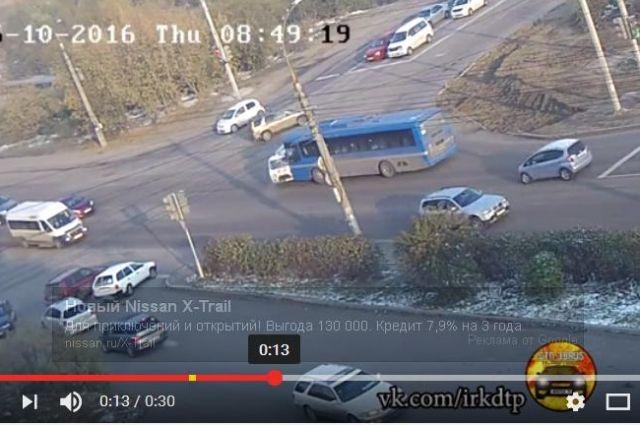 Двое фельдшеров скорой отправлены вмедучереждение после трагедии савтобусом №80 вИркутске