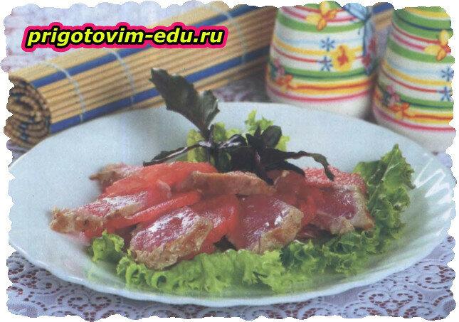 Теплое карпаччо с тунцом и арбузом