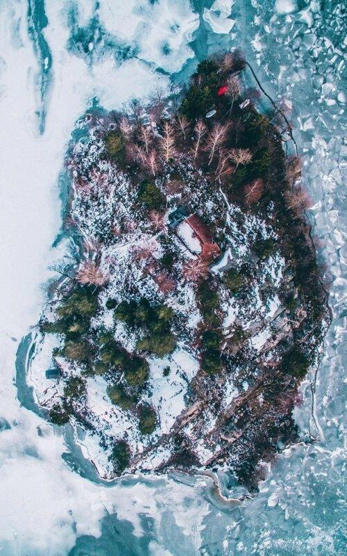 «Этот снимок был сделан зимой над красивым островом в Квиксунде».
