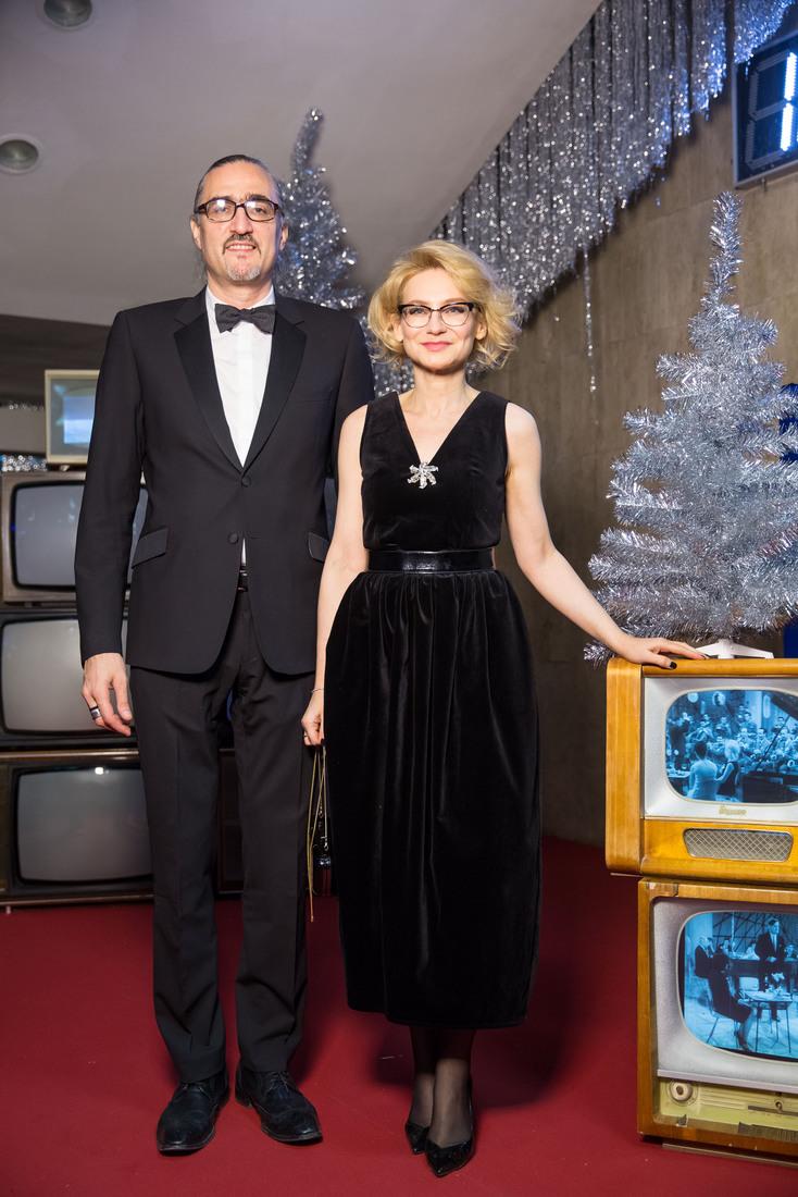 Эвелина Хромченко и Дмитрий Семаков.jpg